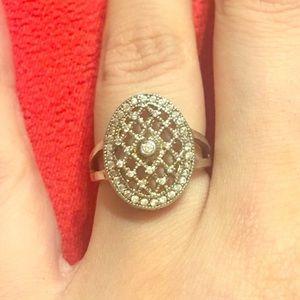 Jewelry - Ornate delicate sterling silver Bella's ring